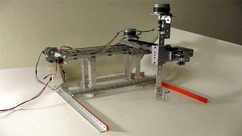 Industrial Robots in Automotive Industry - EVS Robot