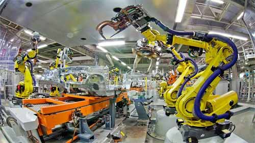 An image of robots working in manufacturing processes