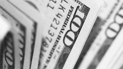100 USD banknotes.