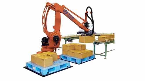 Robot arm picking and placing boxes